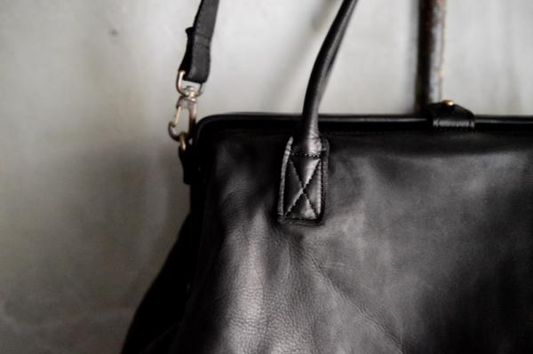 CHRISTIAN PEAU 2way Calf Leather Frog Handbag