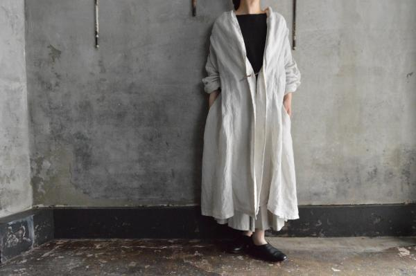 Honnete Light Weight Irish Linen Shawl Collar Robe
