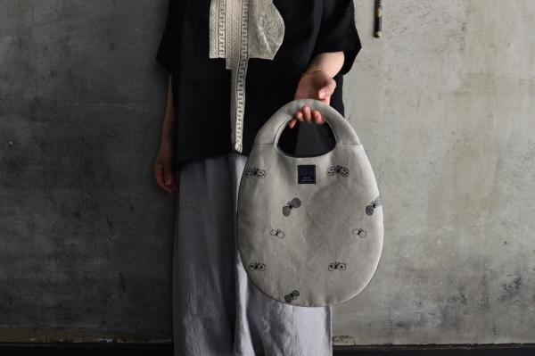 mina perhonen 「choucho」egg bag