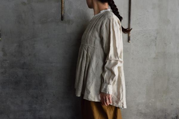 TOKIHO 「NIL-MOLLY」Cleric Collar Blouse