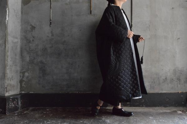 TOWAVASE 「Permanent TOWAVASE」Silk Quilt Robe Coat