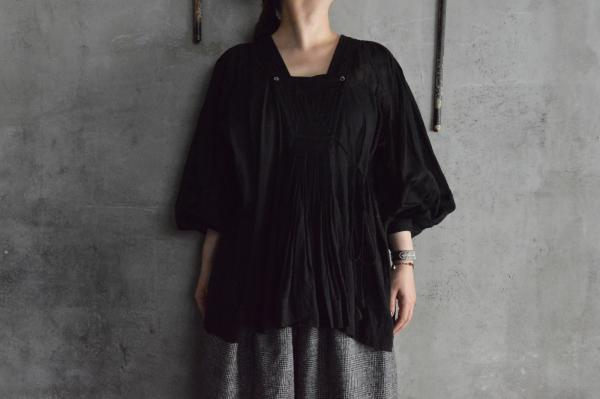 TOWAVASE「ARTISAN」India Cotton Hand Smocking Blouse