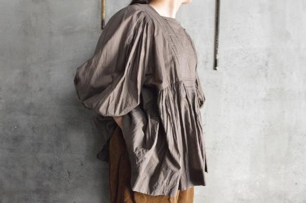TOWAVASE「ARTISAN」Cotton Lawn Hand Smocking Blouse